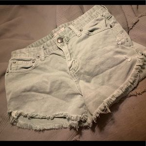 Free people distressed jean shorts size 26